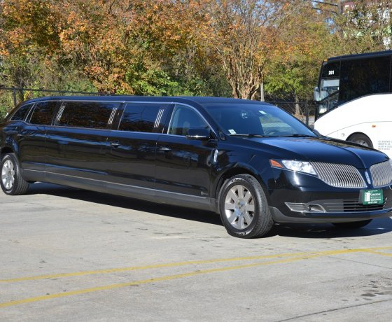 Show Your Luxurious Status With Limousine Atlanta